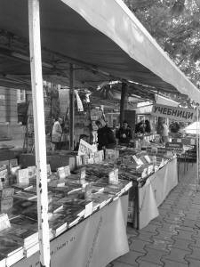 Buchmarkt in Sofia - aber gibt es hier auch Stücke?